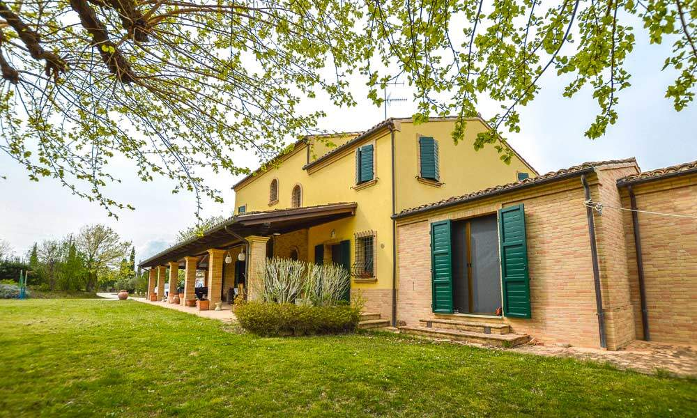 Villa Pollenza Marche Italy