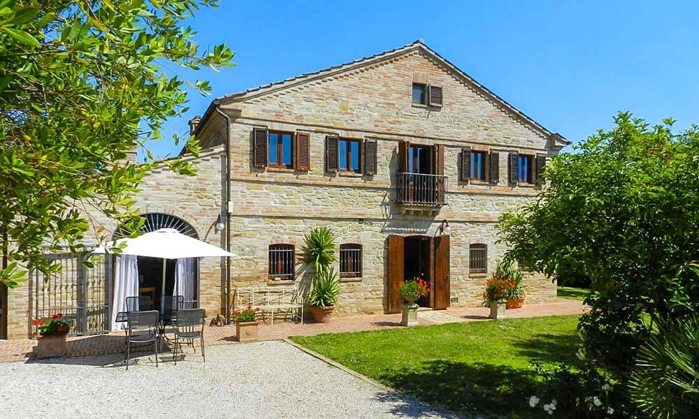 Farmhouse Capparuccia Fermo Marche Italy