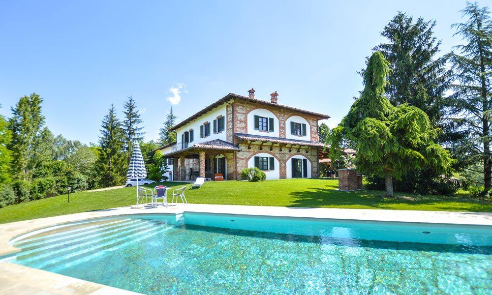 Luxury Villa Monchiero Piedmont Langhe Italy