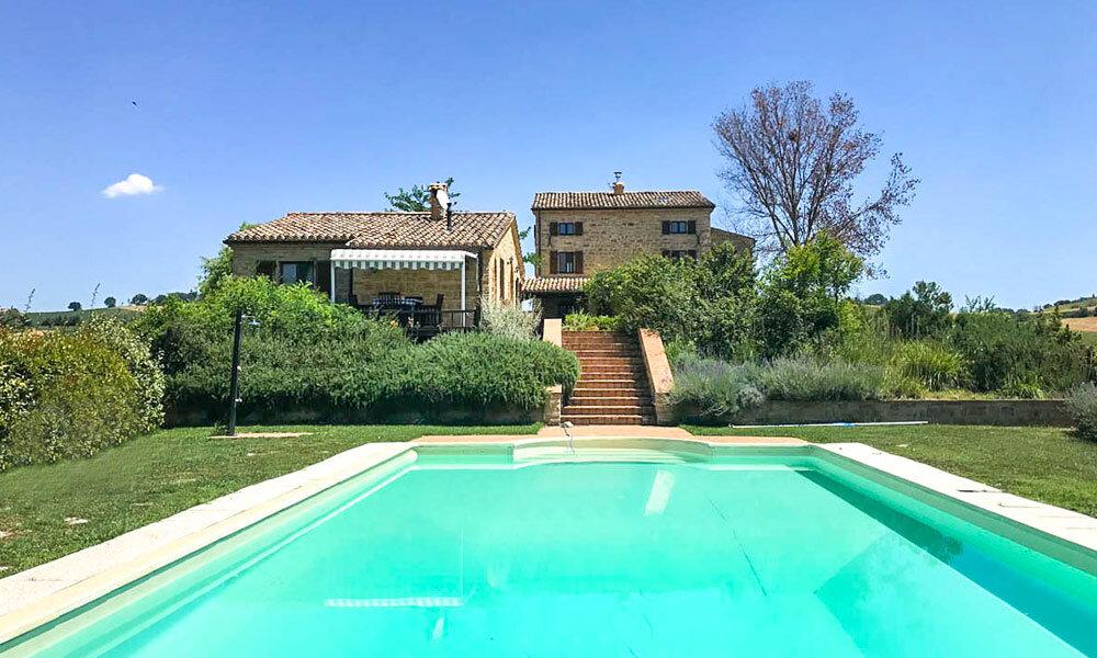 Luxury Farmhouse Tolentino Marche Italy