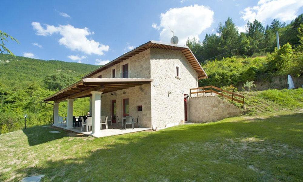 Farmhouse Castel Trosino Ascoli Piceno Italy