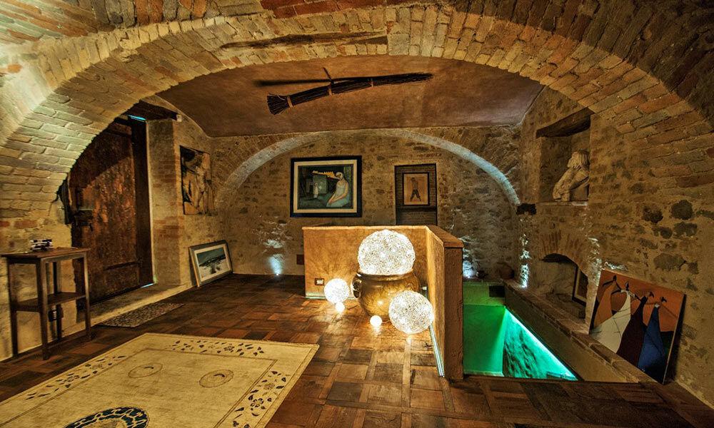 Townhouse Piedmont Langhe Luxury Italy