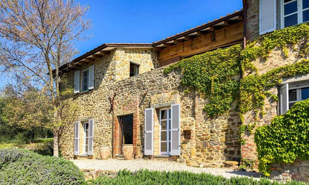 Luxury Farmhouse Umbria Trasimeno Italy